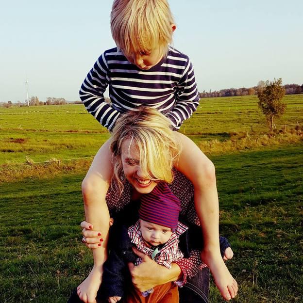 Marcella Becker mit Evan und Noah